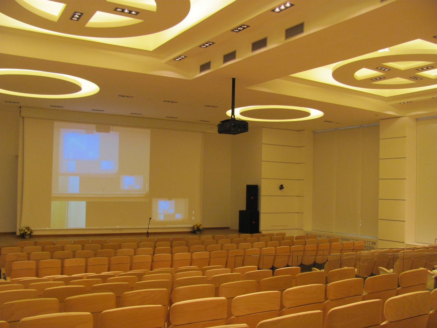 Multifunctional conference hallfor the Russian Railways Research and Clinical Centre